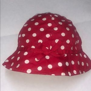 Hat. Red and white.
